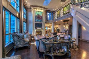 Nhà ở thiết kế theo phong cách cổ điển